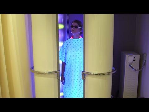 #TomorrowsDiscoveries: Solar Radiation on Skin – Dermatologist Sewon Kang - YouTube