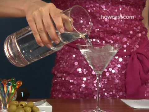 YouTube - How To Make a Dirty Martini