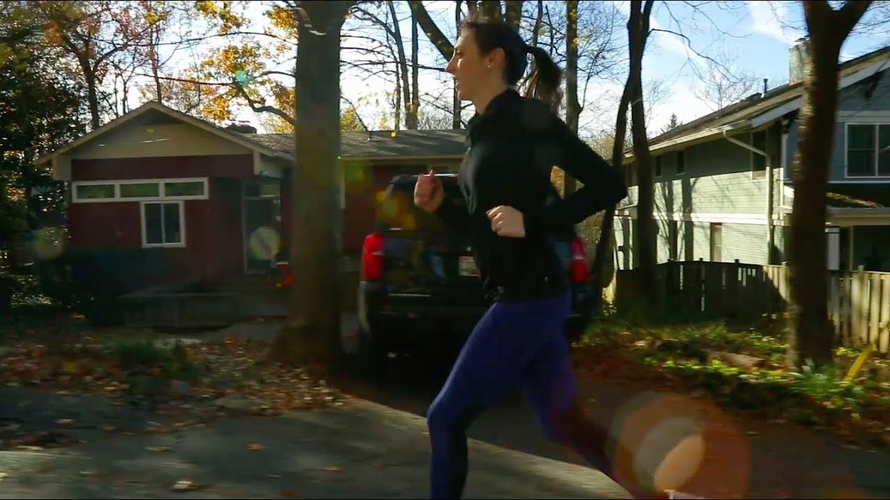 Minimally Invasive Herniated Disc Spine Surgery | Stephanie's Story - YouTube