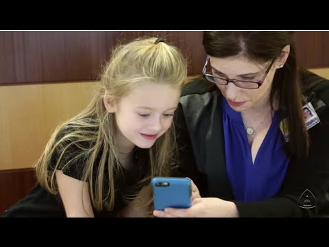 7-year-old Ellie McGinn Teaches Johns Hopkins Medical Students About Mitochondrial Disease - YouTube